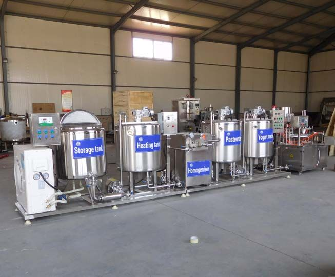 milk pasteurizing machine in the yogurt production line