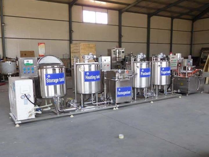 milk pasteurizing machine in the yogurt production